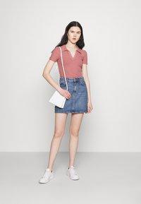 Trendyol - Basic T-shirt - rose - 1