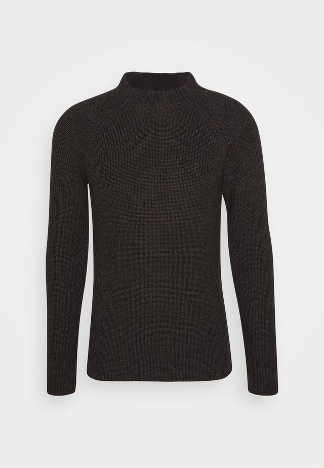 MENS HILLOCK FUNNEL NECK - Strikpullover /Striktrøjer - peat heather