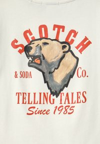 Scotch & Soda - SHORT SLEEVE TEE WITH ARTWORKS - Print T-shirt - off white - 2