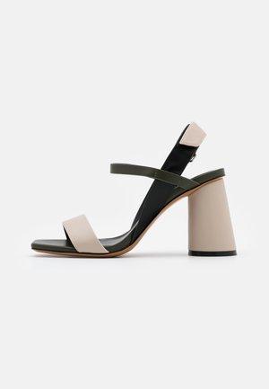 ACCORATO - Sandalen met hoge hak - beige
