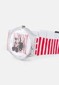 Swatch - MOUSE MARINIÈRE - DISNEY MICKEY MOUSE X KEITH HARING COLLECTION BY SWATCH - Horloge - red - 3