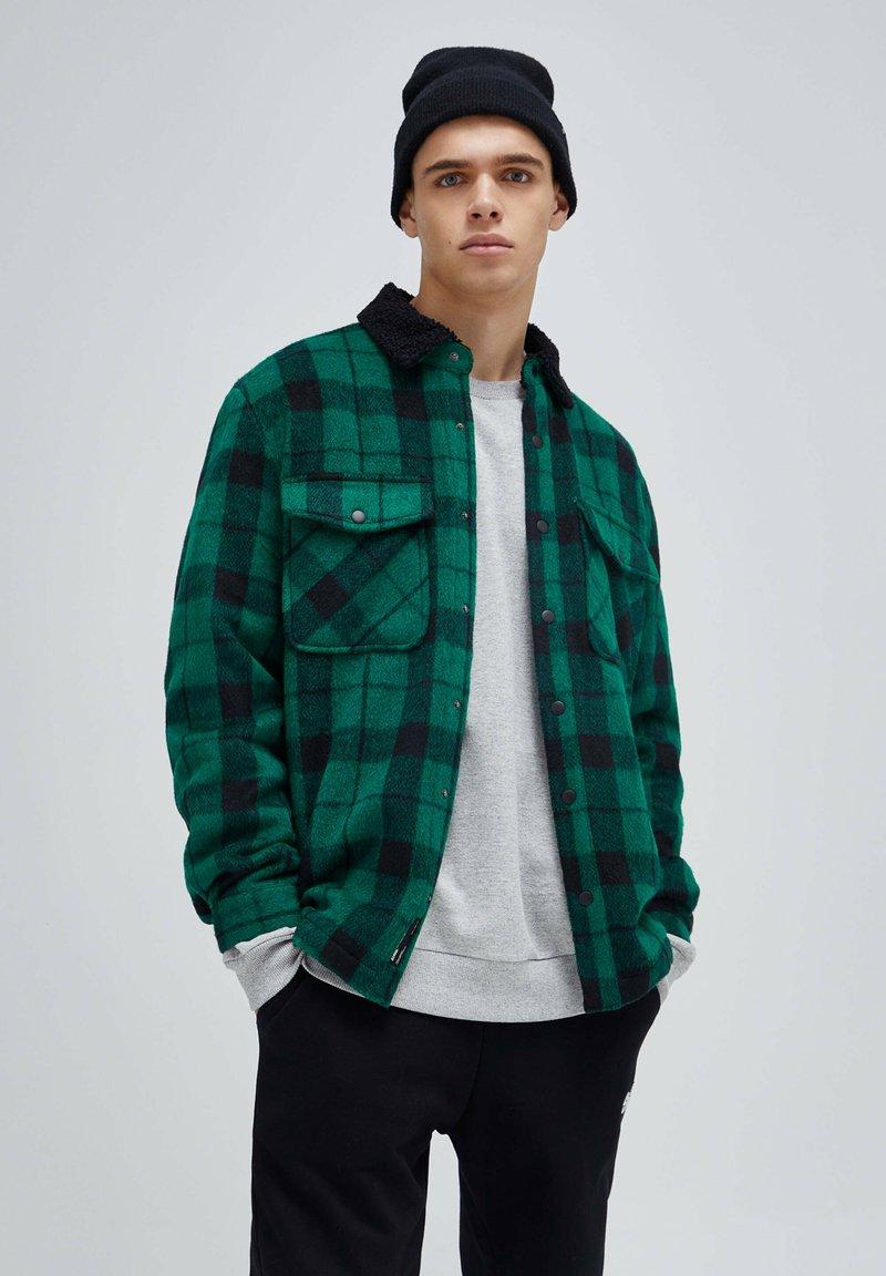 PULL&BEAR - Shirt - mottled green