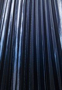 comma casual identity - Plisovaná sukně - blue - 2