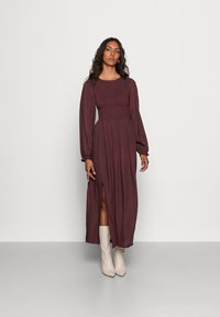 LASCANA - SMOK - Maxi dress - aubergine - 0