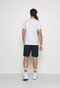 Lacoste Sport - GRAPHIC - T-shirt con stampa - white - 2