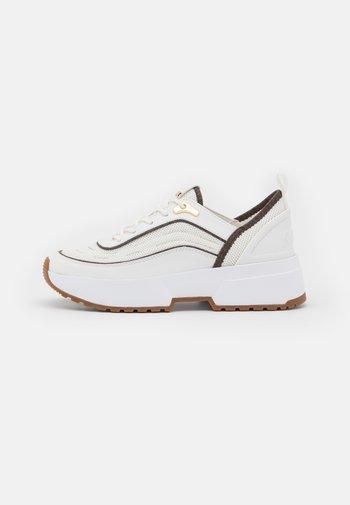 CHAPLIN TRAINER - Sneakers laag - optic white/brown