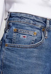 Tommy Jeans - HIGH RISE - Jeans baggy - ace mid - 6