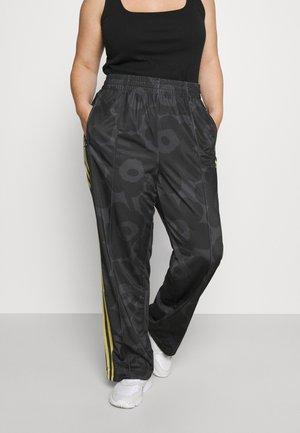 TRACK PANT - Pantalones deportivos - black/carbon