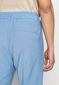 DRYKORN - CHASY - Suit trousers - blue - 3