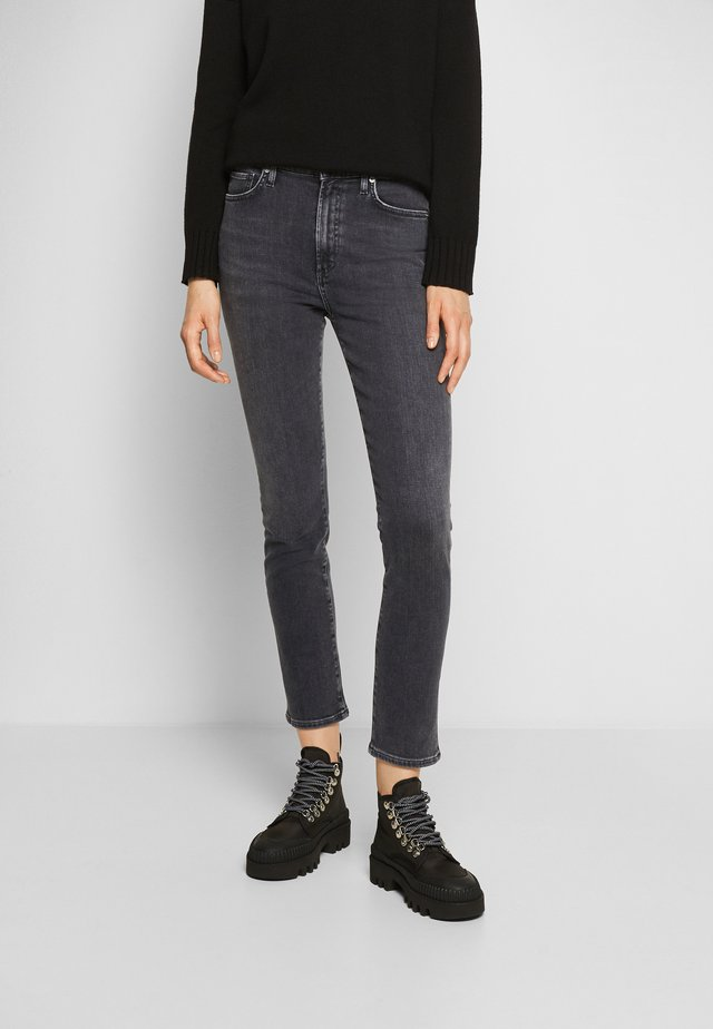 OLIVIA ZIP - Slim fit -farkut - radiant/washed black