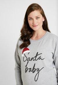 New Look Maternity - XMAS SANTA BABY - Sweatshirt - grey - 3