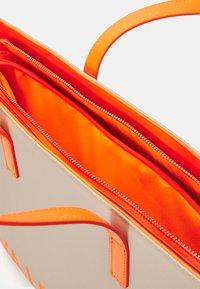 Valentino Bags - PORTIA - Tote bag - ecru/aranc fluo - 2