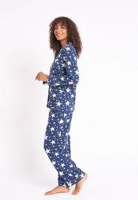 Chelsea Peers - NYC SPARKLE - Pyjama set - blue - 2