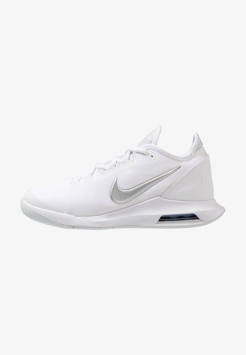 Nike Performance - COURT AIR MAX WILDCARD - Multicourt tennis shoes - white/metallic silver/pure platinum/aluminum