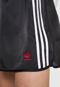 adidas Originals - BOXING - Shorts - black - 5