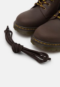 Dr. Martens - 1460 COLLAR REPUBLIC WP UNISEX - Lace-up ankle boots - dark brown - 5