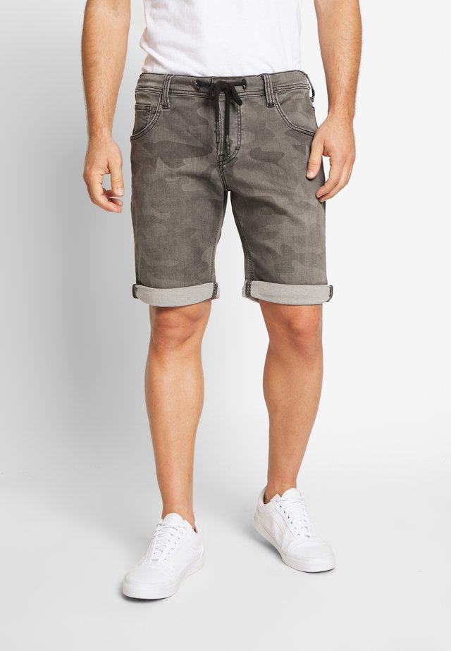 CHICAGO - Denim shorts - medium middle