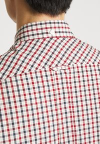 Ben Sherman - SIGNATURE HOUSE CHECK - Overhemd - red - 5
