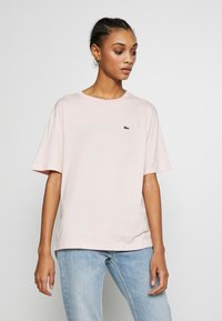 Lacoste - Basic T-shirt - light pink - 0