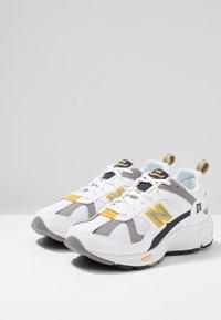 New Balance - CM878 - Sneakers - white - 3