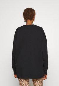 Trussardi - PORTRAIT PRINT - Sweatshirt - black - 3