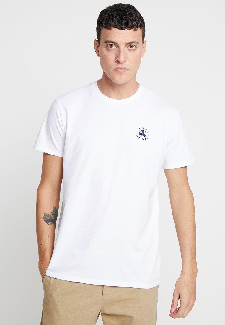 Edwin - DREAMERS  - Print T-shirt - white