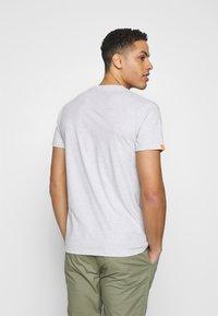 Superdry - VINTAGE CREW - Basic T-shirt - grey - 2