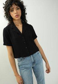 Pimkie - Button-down blouse - schwarz - 0