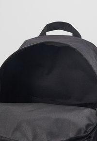 Nike Sportswear - AIR HERITAGE  - Rucksack - black/white - 4