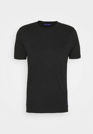 ALTAIR - T-shirt basique - black