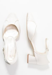 Paradox London Wide Fit - WIDE FIT AGATHA - Bridal shoes - ivory - 3