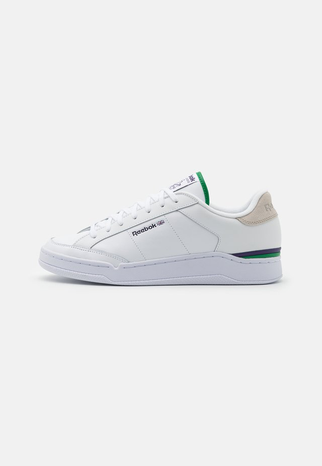 AD COURT UNISEX - Sneakers laag - footwear white