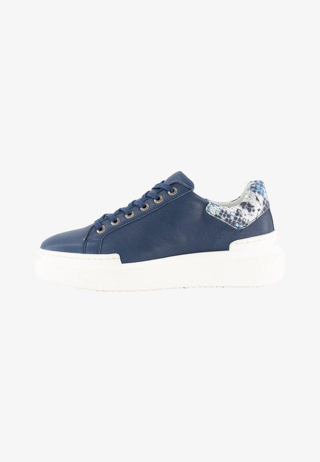 J JAVARRA - Sneakers laag - blue