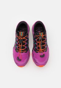 ASICS - FUJITRABUCO SKY - Scarpe da trail running - digital grape/baltic jewel