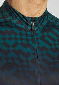 Giro - CHRONO EXPERT - T-Shirt print - true spruce diffuse - 5