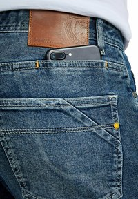LERROS - JAN - Relaxed fit jeans - sports blue - 3