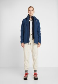 The North Face - MOESER JOGGER - Trousers - vintage white - 1