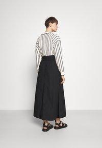 Monki - KINO SKIRT - Maxi sukně - black - 2