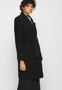Vero Moda - VMCALAHOPE JACKET - Short coat - black - 4