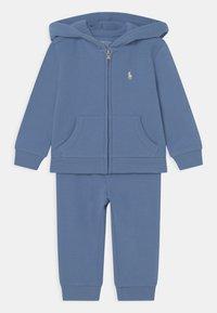 Polo Ralph Lauren - SET - Tracksuit - campus blue - 0