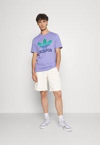 adidas Originals - UNISEX - Shorts - non-dyed - 1