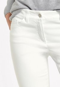 Gerry Weber - BEST - Denim shorts - white - 1