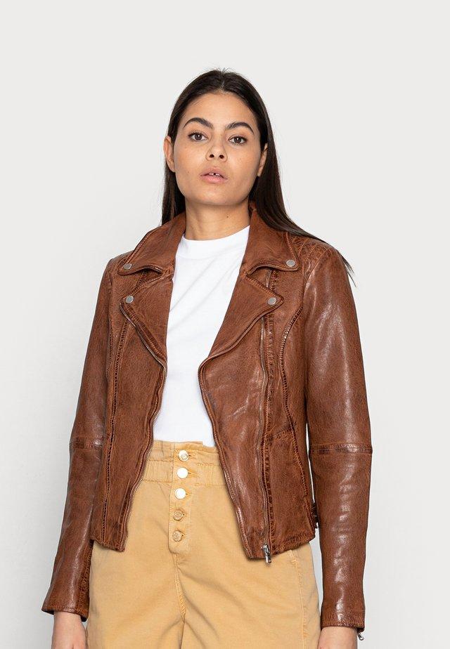 RACY - Leather jacket - cognac