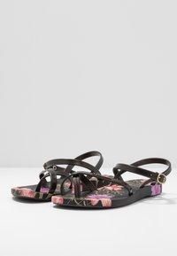 Ipanema - FASHION  - Pool shoes - black - 4