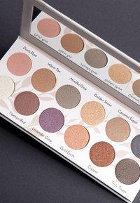 Luvia Cosmetics - DAILY ELEGANCE - Eyeshadow palette - - - 2