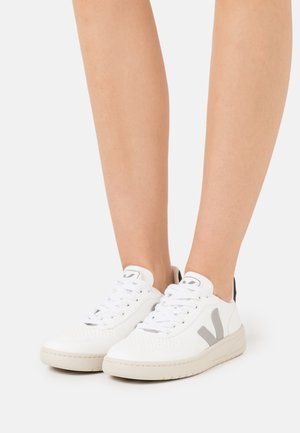 VEGAN V-10 - Sneakers laag - white/oxford grey/black