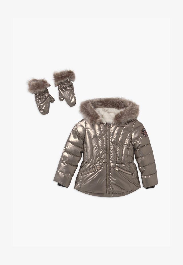 HOODED WITH REMOVABLE GLOVES - Winter jacket - champagne
