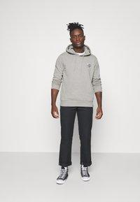 Dickies - GLOBE HOODIE - Sweatshirt - grey melange - 1