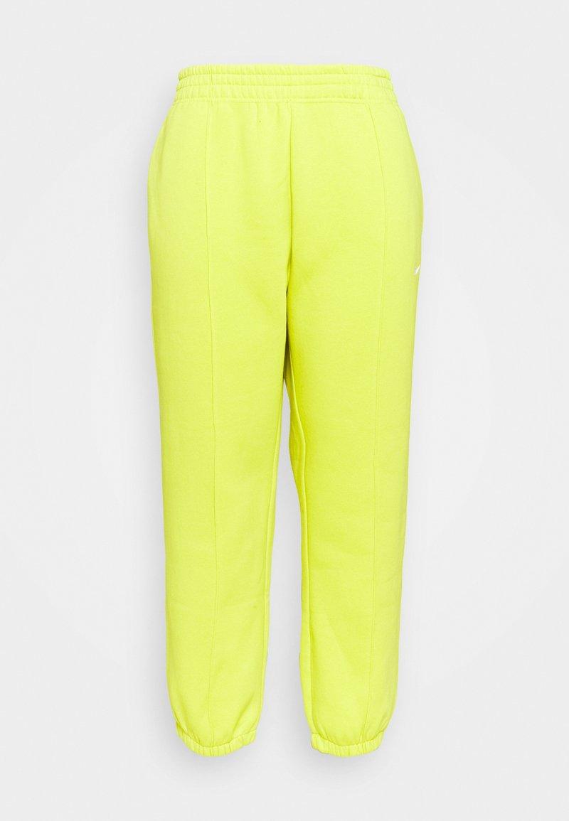 Nike Sportswear - Pantalones deportivos - high voltage
