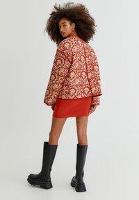 PULL&BEAR - Light jacket - mottled dark red - 2